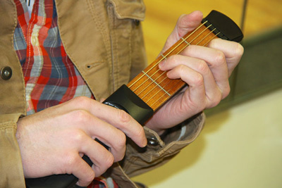 Pocketstrings Portable Guitar Practice Tool - 4 fret