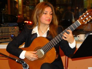 Irene Gomez with Contreras Guitar